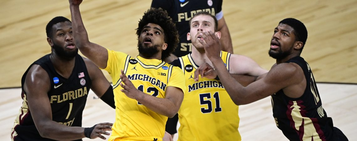 Michigan Basketball headed to the Elite Eight after dominant performance